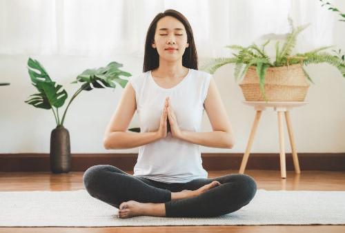 yoga-meditation-home